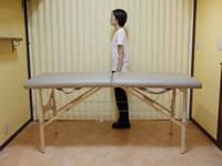 セラピストの身長とマッサージベッドの高さの関係