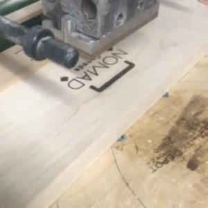 ノマドのロゴマーク焼印
